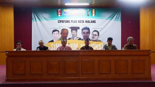 Foto : Agenda Simposium Nasional oleh Gerakan Gerakan Cipayung Malang (20/2)