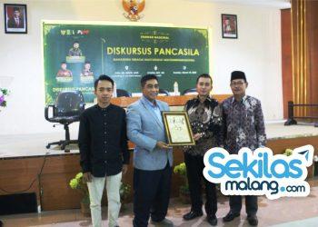 Seminar Nasional Diskursus Pancasila HMI UNIRA Malang