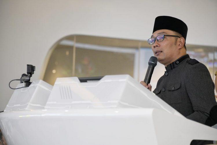 Foto: Gubernur Jawa Barat Ridwan Kamil meresmikan Jabar Command Center (JCC) di Gedung B sebelah Gedung Sate, Kota Bandung