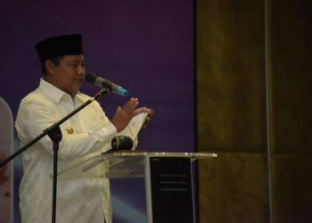 Foto: Wakil Gubernur Jawa Barat UU Ruzhanul Ulum membuka Workshop Percepatan Pencapaian Keterwakilan Perempuan 30 Persen melalui Affirmative Action di Hotel Harris, Kota Bandung