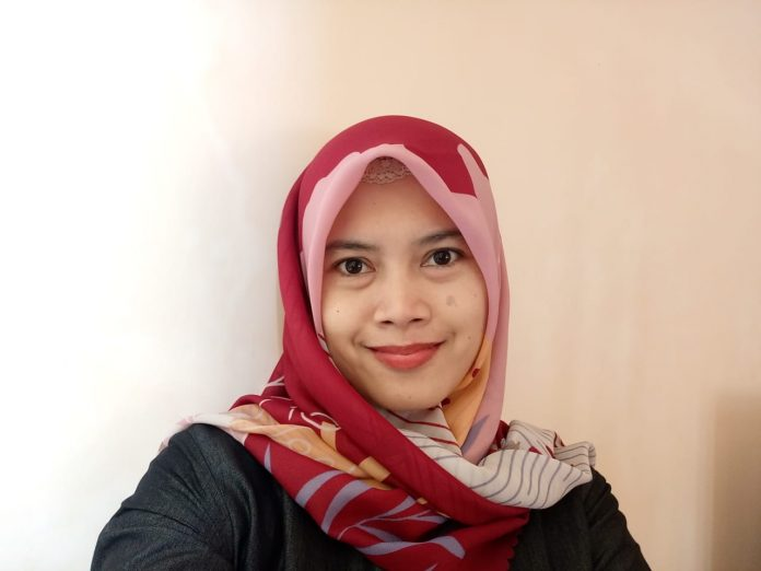Foto: Ika Rinawati, M.E (Dosen Universitas Islam Raden Rahmat Malang Program Studi Ekonomi Syariah)